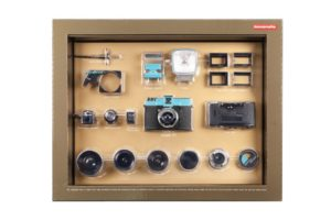 купить ломо фотоаппарат Diana Deluxe Kit Medium Format Camera with Accessories
