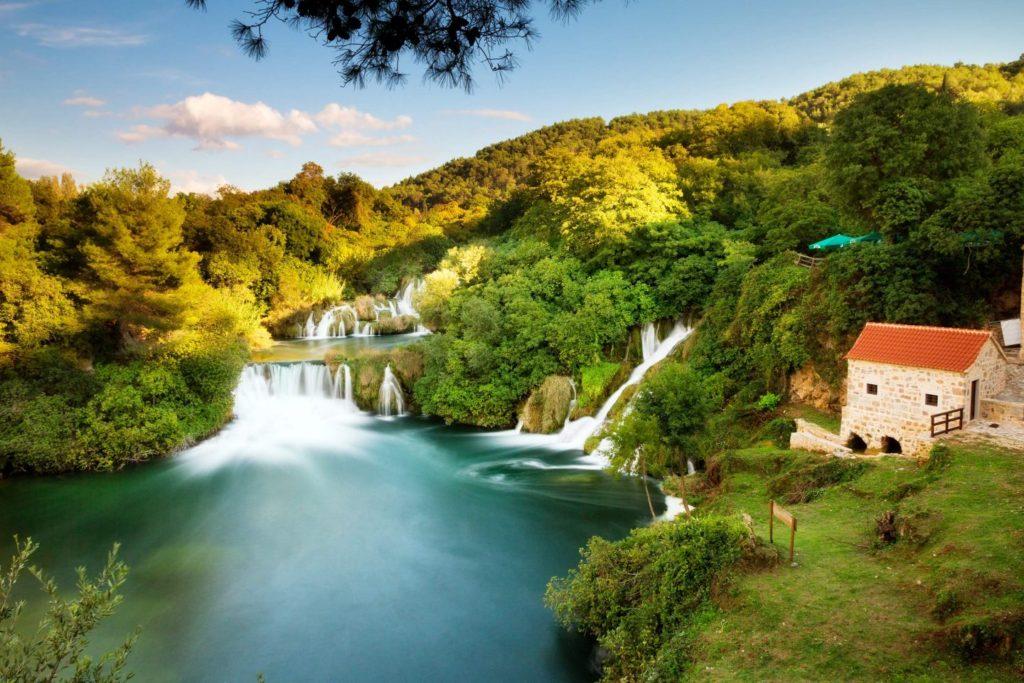 https://nataliabazilenco.com/foto/mira/uploads/2017/06/How-to-Photograph-Waterfalls-8-1024x683.jpg