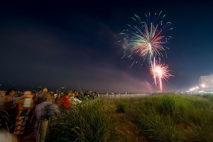 Photographing fireworks tips