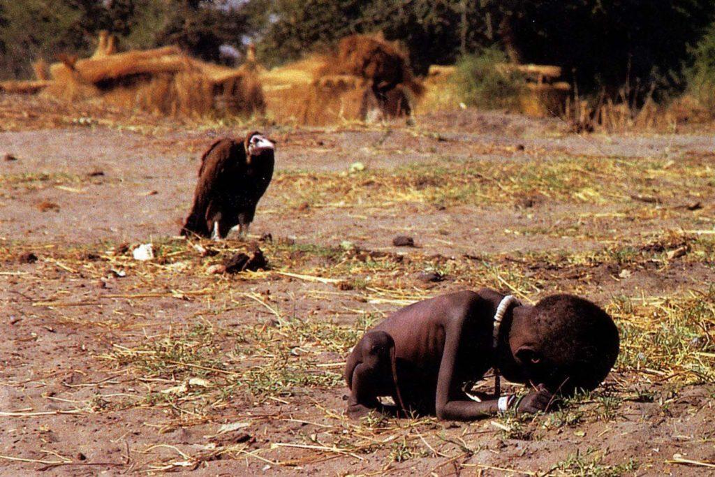 https://nataliabazilenco.com/foto/mira/uploads/2019/08/The-vulture-and-the-little-girl-1024x683.jpg