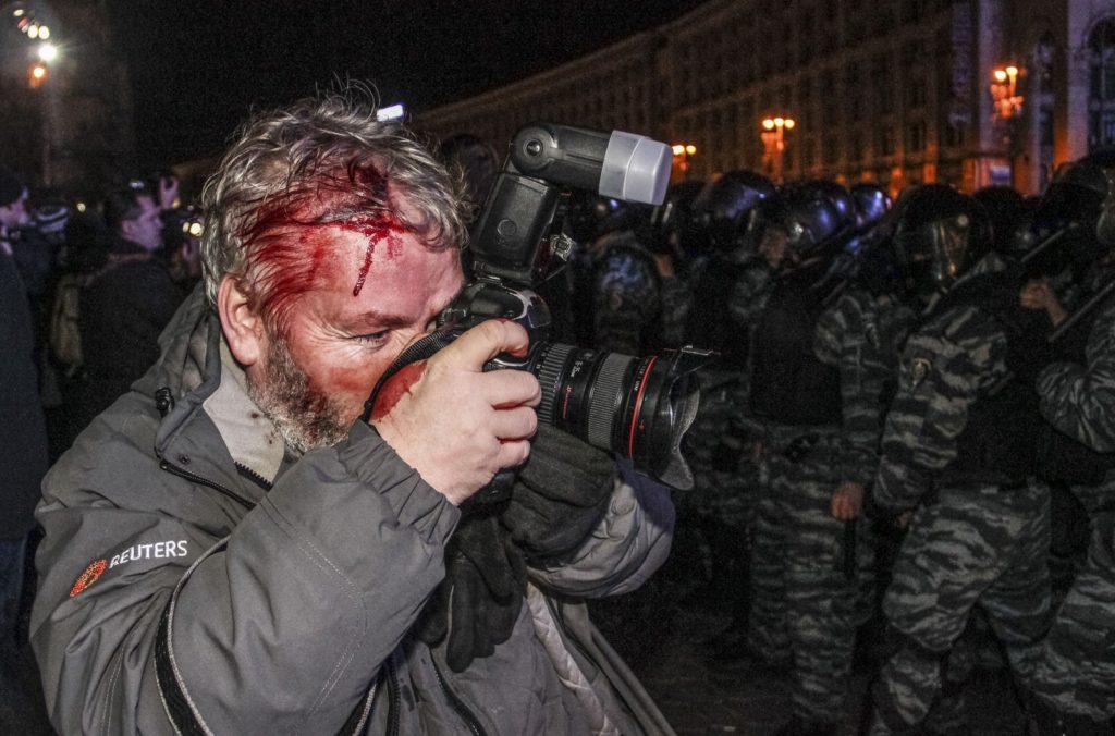 https://nataliabazilenco.com/foto/mira/uploads/2019/09/2013-11-30T120000Z_848829664_GF2E9BU0KO401_RTRMADP_3_UKRAINE-PROTEST-1024x676.jpg