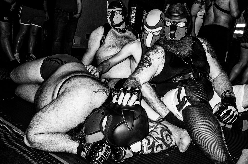 https://nataliabazilenco.com/foto/mira/uploads/2019/10/Leather_Boyz_by_Chris_Suspect-Dodho_Black_and_White-2019_20.jpg