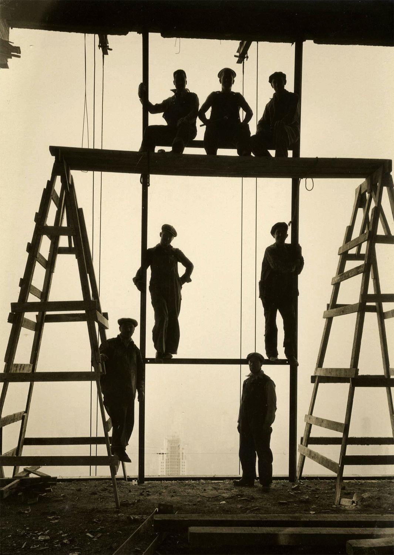 Строители на вершине Рокфеллер-центра